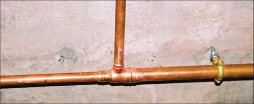 Фитинг (тройник) для капиллярной пайки с заводским припоем